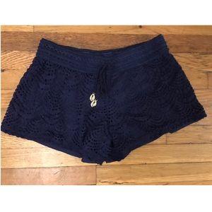 Lilly Pulitzer Crochet Navy Shorts Size Small